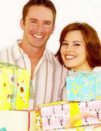 Gifts For Couples buying Gifts For